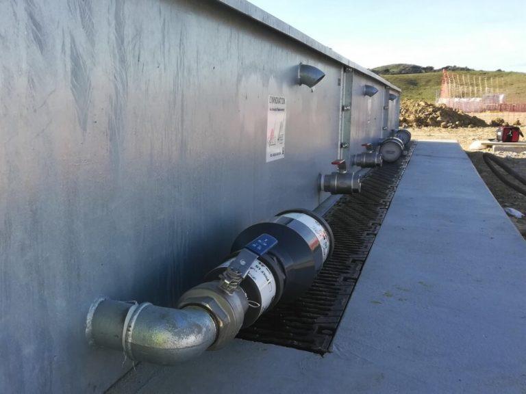 Sistema de filtración de agua contaminada con hidrocarburos